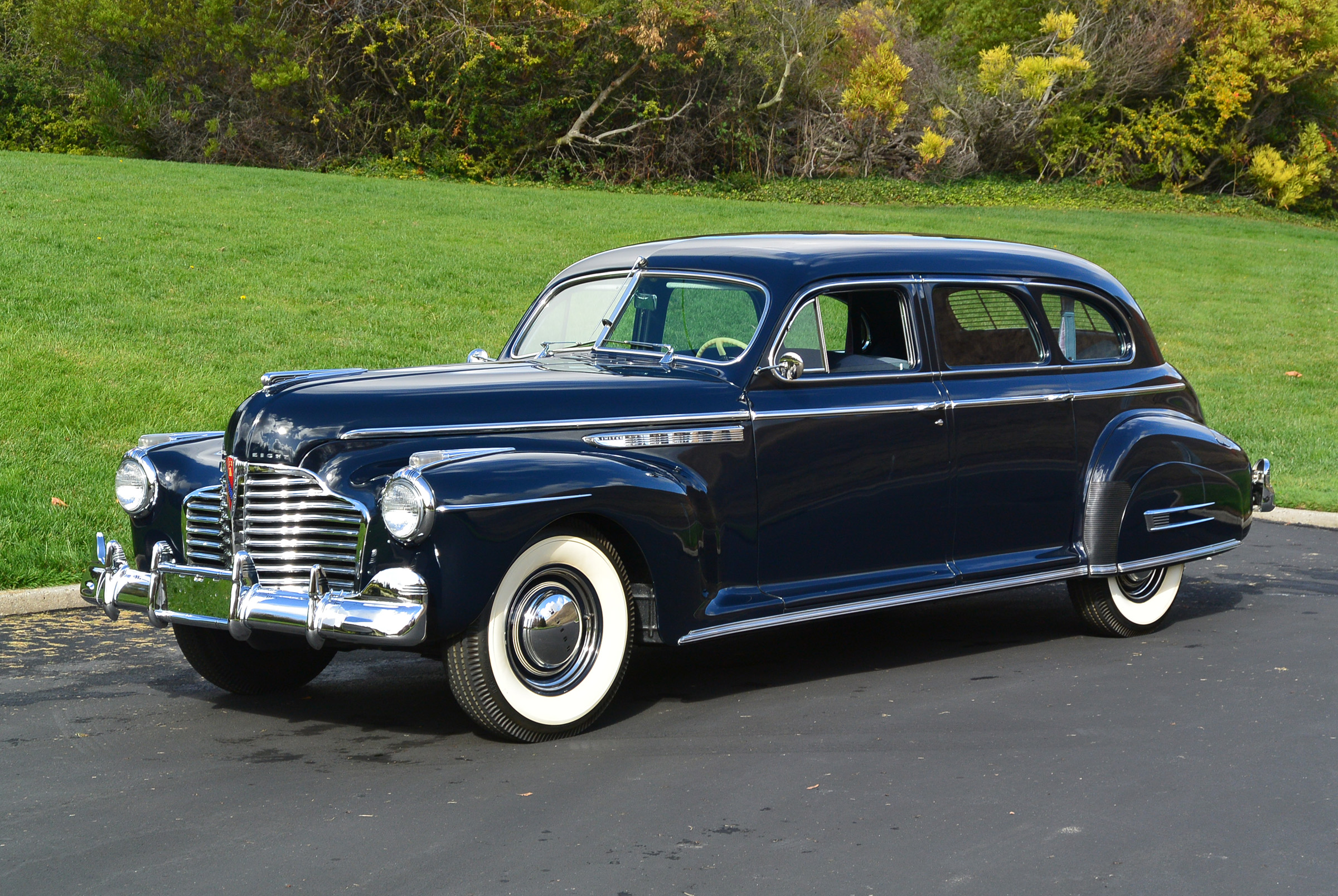 1941 Buick Model 91 Limited Sedan (22) | Blackhawk Collection